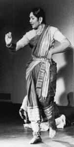 Balasaraswati_Bharat_Natyam_Great_1949_(cropped)